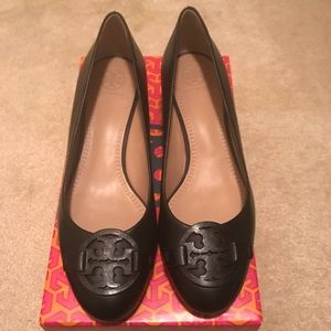 Brand New. Tory Burch wedges